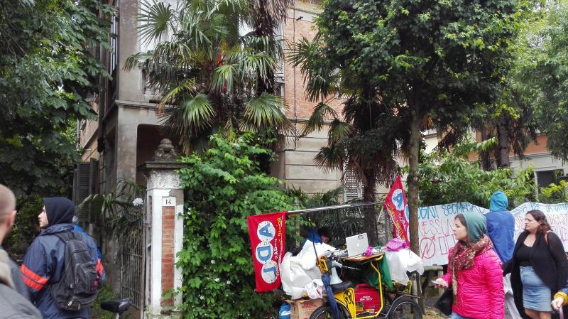 Casa Madiba - Occupazione Villino Ricci - La mano è più veloce dell'occhio