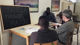 La Scuola Popolare Madiba ha un corpo animato da tante personalità e tante storie differenti, oggi vi vogliamo presentare parte dei volontari che ogni settimana con grande consapevolezza ed entusiasmo danno vita a questo progetto e che credono ad una formazione e integrazione che parta dalle persone e dal basso!  vi aspettiamo tutti i lunedi alle h 16.30 e giovedi alle 16.00 ! #ScuolaPopMadiba #Culturadalbasso #CiPresentiamo